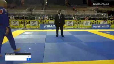 CARLOS ALBERTO TERRINHA vs WADE MARTIN ROME 2020 World Master IBJJF Jiu-Jitsu Championship