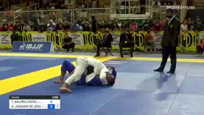Tainan Dalpra Passes Guard and Secures Kimura from Side Control