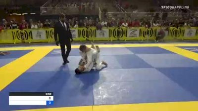 MAURICIO RODY SOARES vs SAMUEL RYAN WILHELM 2021 Pan Kids Jiu-Jitsu IBJJF Championship