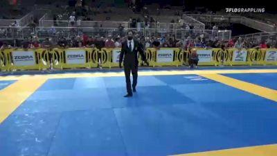ALEXANDER JOSEPH BURNS vs ELI VEGAS DIAZ 2021 Pan Kids Jiu-Jitsu IBJJF Championship