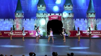 Beavercreek High School [2018 Small Pom Finals] UDA National Dance Team Championship