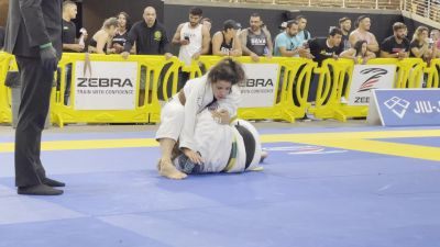 Betina Chaves Hits Classic Step-Over Armbar from Side Control