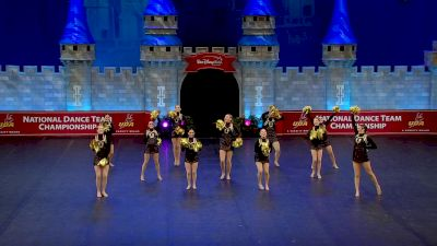 University High School [2021 Small Game Day Finals] 2021 UDA National Dance Team Championship