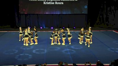 Mount Laurel Cheer - Lightning [2020 L2 Performance Rec - Non-Affiliated (14Y - Small)] 2020 The Quest
